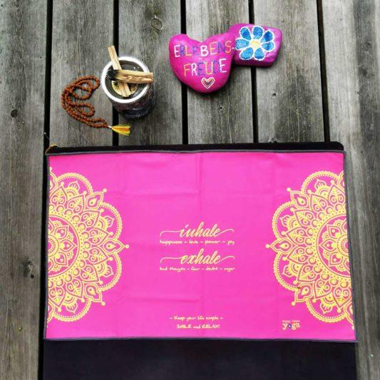 Yoga Handtuch Inhale Joy Mandala Pink